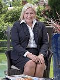 Vicki Peters, Elders Inner West - Enfield