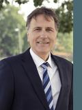 James Moss, Lindellas Real Estate - Box Hill