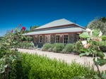 16 Valley View Court, Romsey, Vic 3434