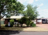 10 Cloake Street, Rockville, Qld 4350