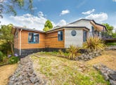 11 Beach Road, Gravelly Beach, Tas 7276