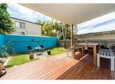 2/27 Victor Avenue, Paradise Point, Qld 4216