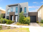 18 Dresden Drive, Waterways, Vic 3195