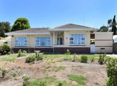 11 Swain Road, Victor Harbor, SA 5211