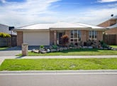 8 Fieldwood Lane, Langwarrin, Vic 3910