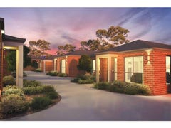 Unit 1-10/98-100 Ahern Road, Pakenham, Vic 3810