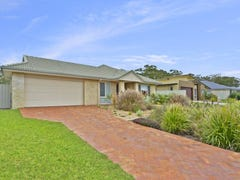 11 Feathertop Circuit, Caloundra West, Qld 4551