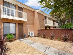 4/4 Highfield Road, Quakers Hill, NSW 2763