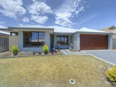 43 Carissa Turn, Halls Head, WA 6210