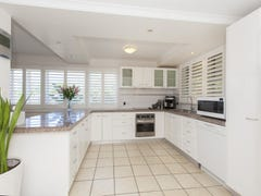 24 Hardiman Street, Woody Point, Qld 4019