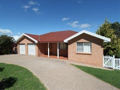 23 Kurumben Place, Bathurst, NSW 2795