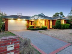 7 Waltham Drive, Mornington, Vic 3931