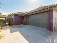 1/8 Scoble Place, Mawson, ACT 2607