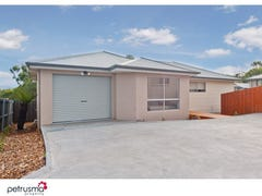2/132 Burwood Drive, Blackmans Bay, Tas 7052