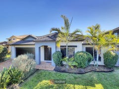 48 Juniper Circuit, Stretton, Qld 4116