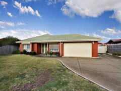 219 Mitchells Lane, Sunbury, Vic 3429