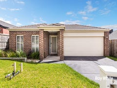 9 McGarvie Drive, Cranbourne North, Vic 3977