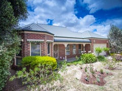72 Gap Road, Sunbury, Vic 3429