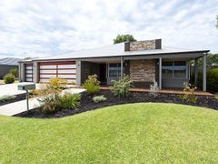 45 Arrowwood Loop, Secret Harbour, WA 6173