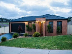 6 Crystal Court, Drouin, Vic 3818