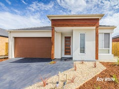 4 Waterways Drive, Cranbourne, Vic 3977