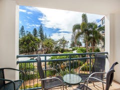 243-245/99 Griffith Street 'Calypso', Coolangatta, Qld 4225