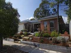 10 Coach House Boulevard, Woodend, Vic 3442