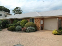 4/11 Fowler Grove, Newhaven, Vic 3925