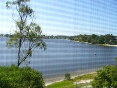25 KINGFISHER CRES, Burleigh Waters, Qld 4220