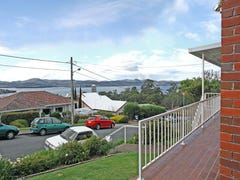 1/1 Richmond Parade, Sandy Bay, Tas 7005