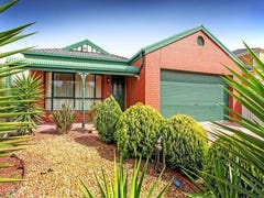 5 Castlemaine Way, Caroline Springs, Vic 3023