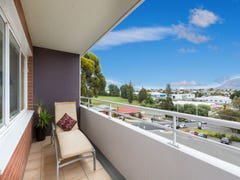 7B/33 Tower Road, New Town, Tas 7008