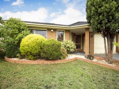 4 Steeple Place, Endeavour Hills, Vic 3802