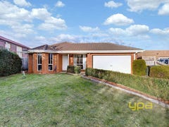 11 Perkins Close, Delahey, Vic 3037