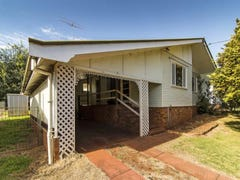 12 Winifred St, South Toowoomba, Qld 4350