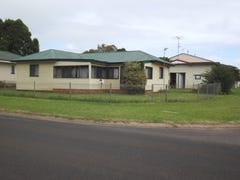 17 Burton Street, Harristown, Qld 4350