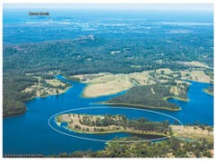 332 Lake MacDonald Drive, Cooroy, Qld 4563