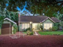 16 Pleasant Rise, Croydon South, Vic 3136