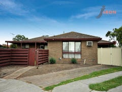 13 Midway Close, Gladstone Park, Vic 3043