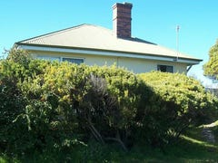 17 Lagoon Beach Road, Low Head, Tas 7253