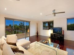 1/23 Ilkinia Avenue, Broadbeach Waters, Qld 4218