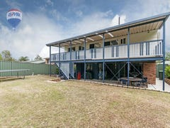 10 Pack St, Jamboree Heights, Qld 4074