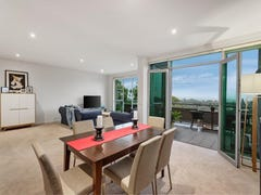 24/3 Sovereign Point Court, Doncaster, Vic 3108