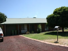 12 Pinnibar Court, Thurgoona, NSW 2640