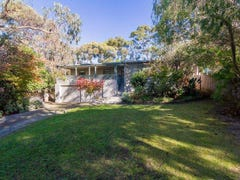 6 MCLARDY COURT, Cowes, Vic 3922