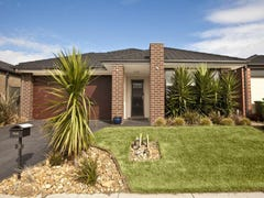 5 Peregrine Street, Cranbourne North, Vic 3977