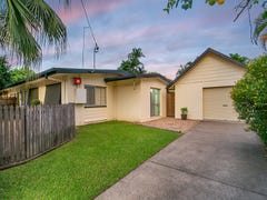2/330-332 Mayers Street, Edge Hill, Qld 4870