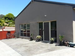 Unit 1/35a George Street, Somerset, Tas 7322