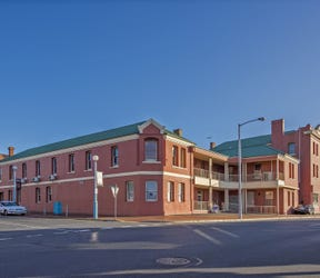 10-11 Marine Terrace, Burnie, Tas 7320