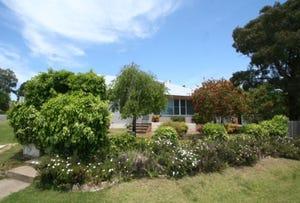 77 Cowper Street, Tenterfield, NSW 2372